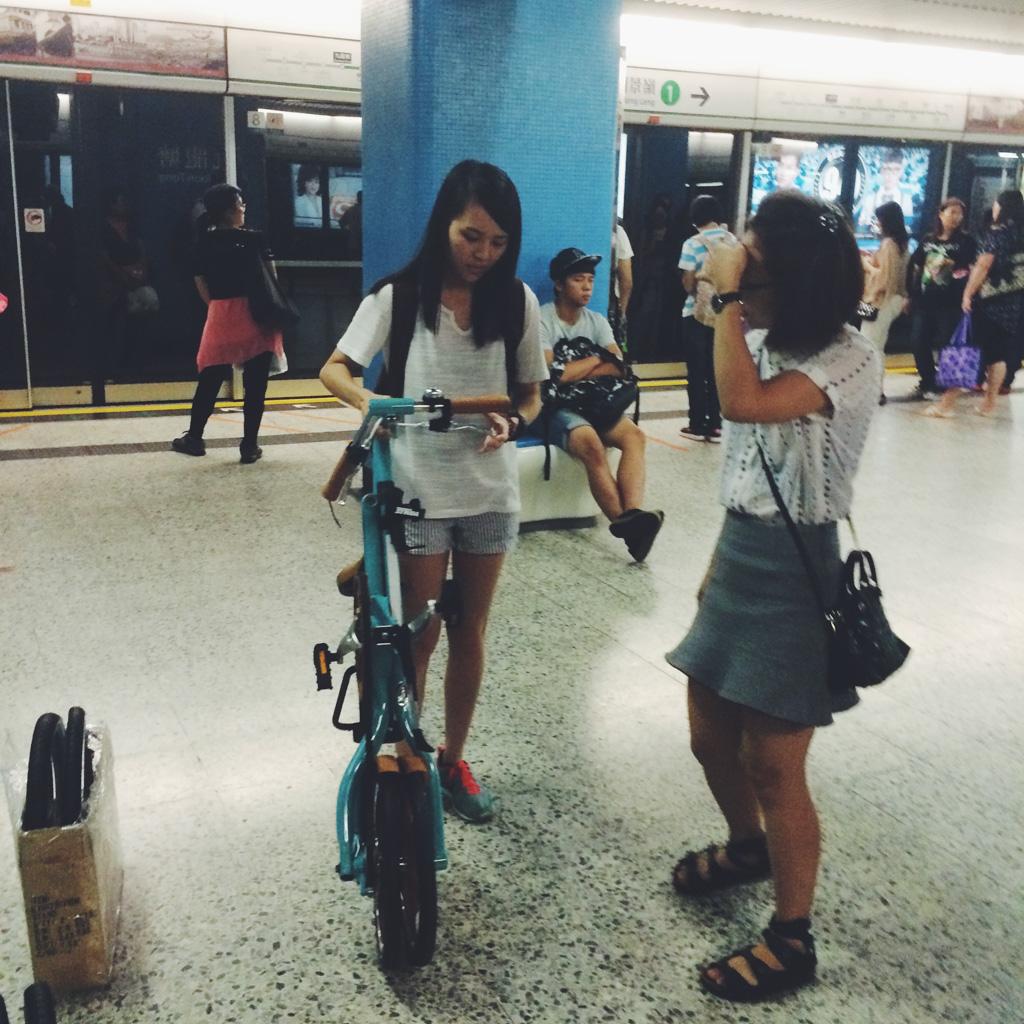 bike the moment store 髦民士多 Strida