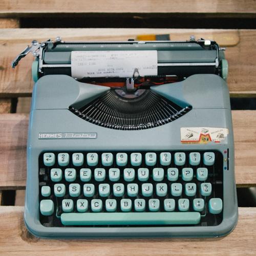 vintage typewriter  moment one piece 髦民一件 P3040712 2