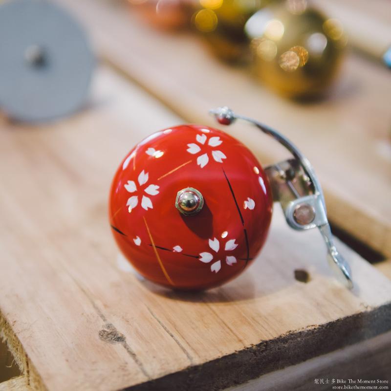 Crane handpainted suzu bell